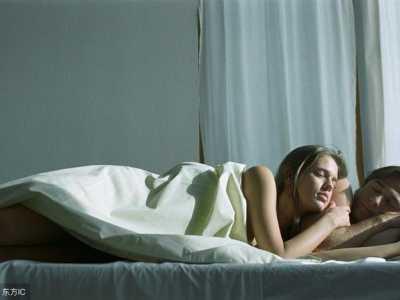 女人睡觉前爱听的这4句话 男生睡前喜欢听的话