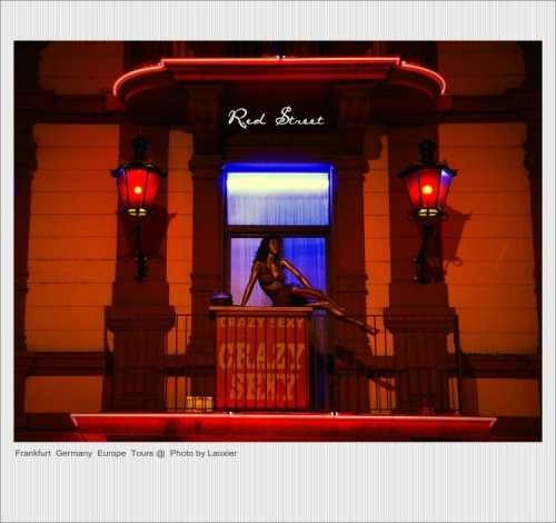 夜幕下游走德国红灯区 红灯区图