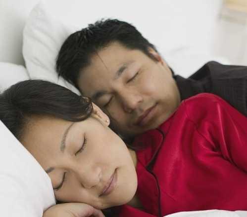 这完全取决你采用哪一种睡姿了 高枕和中枕有什么分别