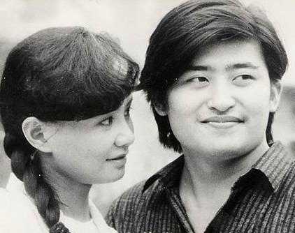 刘欢老婆卢璐背景资料及图片与两个感情经历 刘欢的老婆是谁